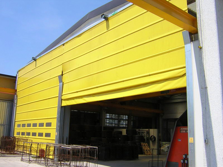 Fold Up Pack Crane Doors